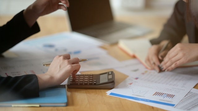 Top destinations for accounting courses in canada
